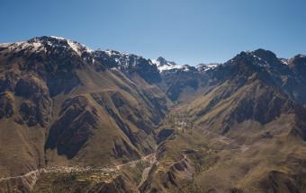 Peruvian Adventures :: Hiking the Colca Canyon